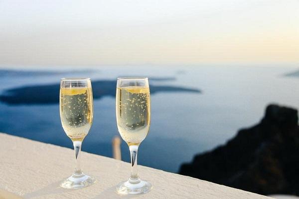 Шампанское брют калорийность на 100 грамм